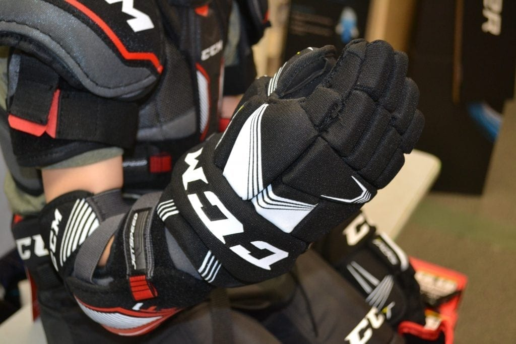 Fitting Hockey Gloves Chilliwack